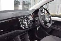 Volkswagen UP 1.0 (60PS) Move up! ASG 5-Dr