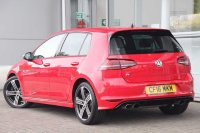 Volkswagen Golf 2.0 TSI R (300 PS) 5-Dr