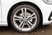 Volkswagen Golf Golf R-Line 1.5 TSI EVO 150PS 7-speed DSG 5 Door