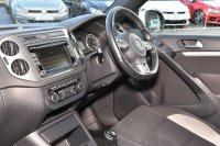 Volkswagen Tiguan 2.0TDI 140ps 4Motion R Line BlueMotion 5Dr