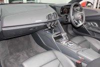 AUDI R8 Spyder V10 5.2 FSI quattro 540 PS S tronic