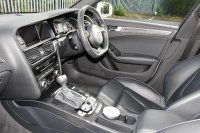 AUDI RS4 AVANT 4.2 quattro (450PS) Avant