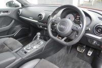 AUDI S3 2.0 T FSI quattro S Tronic 300 PS