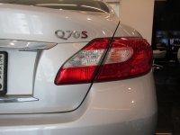 Infiniti Q70 5.6 V8 7AT SPORT