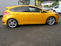 Ford Focus ST-2   2.0T  250PS  * STYLE PACK *