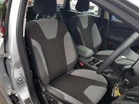 Ford Focus ZETEC NAVIGATOR 1.0 Ecooboost 100ps