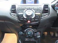 Ford Fiesta TITANIUM 1.0T 100ps  * Zero Road Tax *