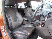 Ford Fiesta TITANIUM 1.6i Powershift Auto * Full Leather *