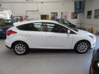 Ford Focus TITANIUM 1.0T 100ps Ecoboost  *Keyless Entry With Push Button Start*