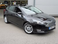 Ford Focus ZETEC 1.0T 100ps  * Low Road Tax Cost *