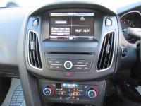 Ford Focus TITANIUM NAV 1.6 TDCI 115ps  * Auto Park Assist *