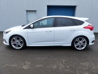 Ford Focus ST-2 TURBO 250ps