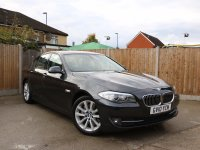 BMW 5 Series 525d 3.0 201 BHP Turbo Diesel SE 8 Speed Auto Sat Nav Bluetooth Full Leather Heated Seats Just 1 Private Owner Only 54,000 Miles Comprehensive BMW Service History From The Supplying Dealer over 5,500 Pounds of Extras 10-Reg