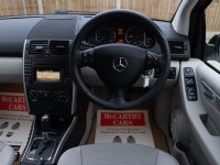 Mercedes-Benz A Class A180 2.0 CDI Turbo Diesel Avantgarde SE 5 Door Auto Bluetooth Parking Sensors Air Con Only 45,000 Miles Full Service History 4 Stamps 12-Reg