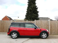 MINI Clubman 1.6 Cooper Clubman 5 Door 6 Speed Pan Roof Bluetooth Climate Control CHILI Pack Just 2 Lady Owners Only 48,000 Miles Full Service History 5 Stamps Over 4,000 Pounds of Extras 09-Reg