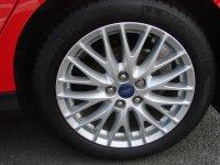 Ford Focus 1.6 Zetec 5dr
