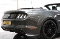 Ford MUSTANG 5.0 V8 GT Auto