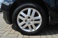Toyota Yaris TR VVTI