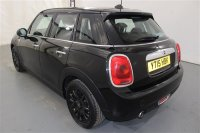 "MINI Hatch 1.5 COOPER D 5 DR AUTOMATIC, CHILI PACK, MEDIA PACK XL,  PRIVACY GLASS,16"" VICTORY SPOKE ALLOY WHEELS IN BLACK, COLOUR LINE - CARBON BLACK, AIR CONDITIONING, AUTOMATIC LIGHTS, AUTOMATIC WIPERS, DAB, MEDIA CONNECTIVITY, SAT NAV FUNCTIONING, STOP/START"