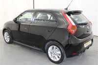 MG 3 1.5 3 FORM SPORT VTI-TECH HATCHBACK 5 DR AIR CONDITIONING, ALLOY WHEELS