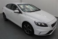 Volvo V40 2.0L D2 R-DESIGN 5 DR REAR PARKING SENSORS, CLIMATE CONTROL, TRACTION CONTROL, HEATED MIRRORS, ALLOY WHEELS, ABS