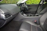 JAGUAR XE 2.0d Prestige 4dr Auto
