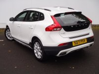 VOLVO V40 D2 [120] Cross Country Pro 5dr Geartronic