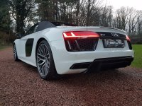 Audi R8 SPYDER 5.2 V10 QUATTRO - Bang And Olufsen, Carbon Side Blades, 20 Inch Alloys, Sports Exhaust, Magnetic Ride And More