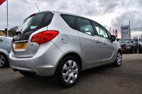 Vauxhall Meriva EXCLUSIV 1.7 CDTI 128PS 5DR,  Front/Rear Parking Sensors, Cruise Control, Air-Conditioning, Radio/CD Player, Bluetooth, Voice Control, ISOFIX.