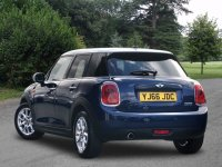 MINI HATCHBACK 1.5 Cooper 5dr