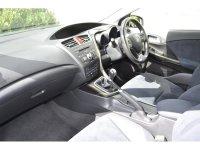 Honda Civic 1.8 i-VTEC ES