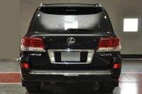 Lexus LX Titanium