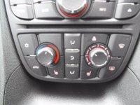 VAUXHALL MERIVA 1.4 i 16v Tech Line MPV 5dr