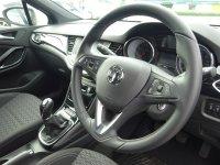 VAUXHALL ASTRA 1.4 i SRi Hatchback 5dr