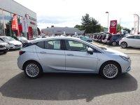 VAUXHALL ASTRA 1.6 CDTi Elite Nav Hatchback 5dr (start/stop)