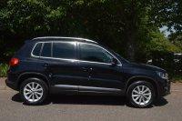Volkswagen Tiguan 2.0 TDI BlueMotion Tech SE Station Wagon 2WD 5dr (start/stop)