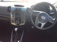 Kia Cerato 2.0 Hatchback Manual