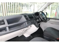 Volkswagen Transporter 2.0 TDI BMT 150 Highline Kombi Van DSG