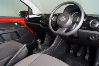Volkswagen UP 1.0 60PS Move up!