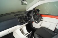 Volkswagen UP 1.0 Move 5dr