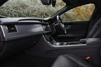 Jaguar XF 2.0 i4 Diesel (240PS) R-Sport