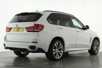 """BMW X5 xDrive40d M Sport 5dr Auto [7 Seat], M Performance Front and Rear Valances, Third Row Seats, Media Package with Navigation, Bluetooth with Internet and Audio Streaming, DAB Radio, Unmarked 20"""" M Double Spoke Polished Alloy Wheels, Privacy Glass."""