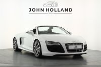 Audi R8 5.2 FSI Quattro R Tronic, Ceramic Brakes, 19 Inch 10 Spoke Alloy Wheels, Satellite Navigation Plus, Bluetooth, Audi Music Interface, Bang & Olufsen, Front and Rear Parking Sensors, Rear Camera, Heated Electric Seats, LED Headlights, Only 13043 Miles