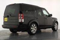 Land Rover Discovery 3.0 SDV6 255 HSE Auto, 19 Inch 7 Spoke Alloy Wheels, Satellite Navigation, Bluetooth, Alpine Sunroofs, Reversing Camera, Heated Electric Front Seats, Heated Rear Seats, Keyless, Harmon Kardon, Stunning