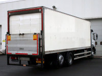 Mercedes-Benz Atego 2529L Box with Sleeper