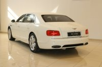 BENTLEY FLYINGSPUR V8