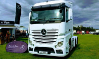 Mercedes-Benz Actros 2545LS StreamSpace Sleeper (12 in stock)