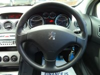Peugeot 308 1.4 VTi XLS 5dr