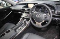 Lexus IS 300h Advance 4dr CVT Auto