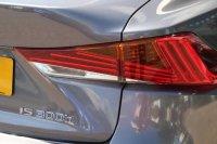 Lexus IS 300h Premier 4dr CVT Auto